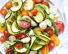 Health Recipes : Caprese Zucchini Salad with Ali Maffucci of Inspiralized – foodiecrush – Healthy & Lifestyle : Explore & Discover the best and the most trending Healthy Tips, Ideas & Inspiration Chicken Salad Recipes, Healthy Salad Recipes, Vegetable Recipes, Vegetarian Recipes, Cooking Recipes, Zucchini Salad, Zucchini Noodles, Zucchini Tomato, Tomato Mozzarella