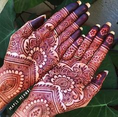 Henna is the most traditional part of weddings throughout India. Let us go through the best henna designs for your hands and feet! Cool Henna Designs, Wedding Mehndi Designs, Mehndi Art Designs, Mehndi Designs For Hands, Henna Tattoo Designs, Henna Tattoos, Heena Design, Rangoli Designs, Tattoo Ideas