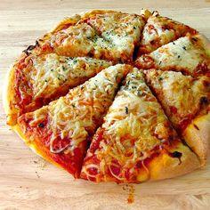 alton brown's pizza  http://phenomenalphoods.com/?p=1057