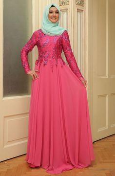 """Mislina Üstü Pullu Eteği Şifon Elbise 15Y3417 Fuşya Sitemize """"Mislina Üstü Pullu Eteği Şifon Elbise 15Y3417 Fuşya"""" tesettür elbise eklenmiştir. https://www.yenitesetturmodelleri.com/yeni-tesettur-modelleri-mislina-ustu-pullu-etegi-sifon-elbise-15y3417-fusya/"""