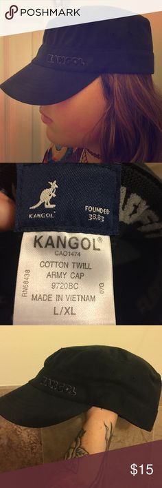 Kangol cap Size l/xl black charcoal color, not very used but has spent a lot of time in my closet Kangol Accessories Hats