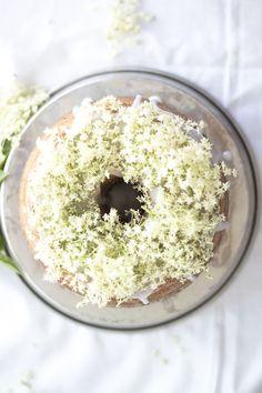 ... bundt cake with elderflower ...