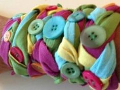 Button T-shirt bracelet