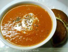Roasted Tomato & Garlic Soup  #Healthilinguist #PaleoOnTheGo