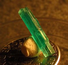 1.27 ct Superb Colombia Emerald Crystal Facet  Rough NEW 2015 Supply for Sale BN