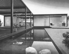 Case Study House #21 / Bailey House / Pierre Koenig / 1958 / Included in 2013 on US's National Register of Historic Places //
