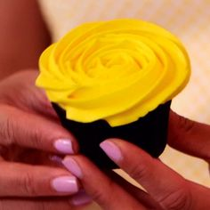 5 Cupcake Decorating Tips From the Pros