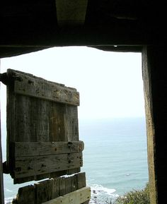 Hawker's Hut: This is the view from inside, looking out to the Irish Sea / Bristol Channel