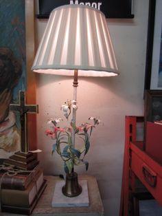 Vintage Italian Tole Floral Lamp - Mid Century Vintage Italian, Vintage Table, Sconces, Lamps, Table Lamp, Mid Century, Floral, Home Decor, Lightbulbs