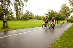 Fiordo de Oslo: En bicicleta a tu aire - Camino En Bici Fiordo De Oslo, Sidewalk, Bicycle, Forests, Log Homes, Drive Way, Bicycles, Scenery, Pictures