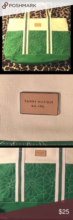 981b745aa2 Tommy Hilfiger Tote Like new, no signs of wear, very clean. Green and beige  with quilted exterior. x x Tommy Hilfiger Bags Totes