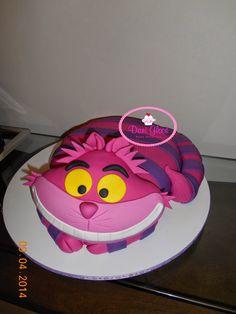 Cheshire cat Cake ( Gato da Alice) by Dani Leal www.daniglace.blogspot.com