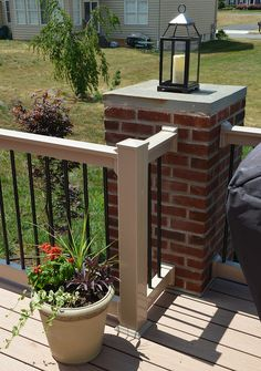 Curved Metal Spindles With Wooden Hand Rail This Is What