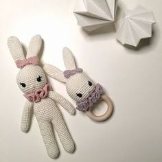 Hæklet kanin og kaninrangle     #3,5   Materiale; garn i den ønskede farve, der passer til en nål 3,5 (jeg hækler meget stramt så hækler...