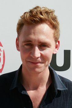Tom Hiddleston let his hair go natural