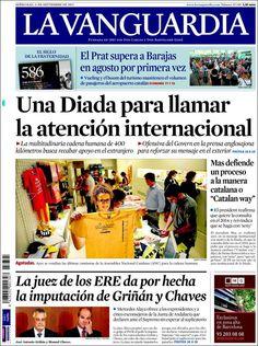 Los Titulares y Portadas de Noticias Destacadas Españolas del 11 de Septiembre de 2013 del Diario La Vanguardia ¿Que le pareció esta Portada de este Diario Español?