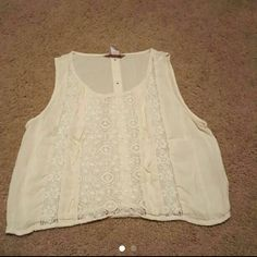 Wet seal top super cute Brand new without tags Wet Seal Tops Tank Tops