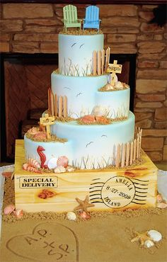 Awesome Beach Wedding Cake! ♥