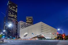 Housing one of the greatest collections of contemporary art in the world, this new landmark is ready for its close-up