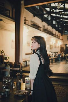 College Fashion, College Style, Foto Shoot, Asia Girl, Cute Casual Outfits, Her Style, Ulzzang, Hair Beauty, Fashion Outfits