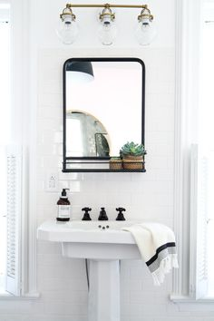 The Color Scheme That Never Fails to Deliver a Stylish (and Serene) Bathroom Bathroom Mirror With Shelf, Bathroom Art, Black Bathroom Mirrors, Black Bathroom Light, Simple Bathroom, Pedastal Sink Bathroom, Modern Pedestal Sink, Framed Mirrors, Decorative Mirrors