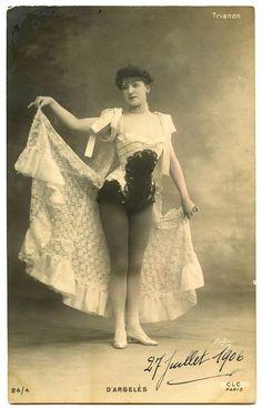 Fun Vintage Showgirl Image - Paris! - The Graphics Fairy