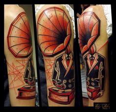 Fantastic classic tattoo done by Kris Ciezlik at @caffeinetattoo , Warszawa. Polish Tattoo Scene. #tattoo #tattoos #ink