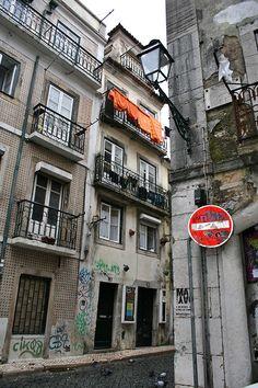 Bairro alto. Lisboa. Portugal  Com Bruna, Vitor e Carla 11/2012