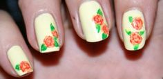 Red roses painted on a yellow background look light, neat and cute. They also reflect a very calm and gentle mood.