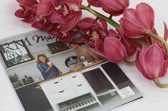 OEGSTGEEST -Van 10 tot en met 26 november worden de Cymbidium Inspiratieweken gehouden. Tijdens deze periode krijgt deze snijorchidee een prominente plek bij 40 bloemenwinkels in Nederland. Extra opvallend is de samenwerking met Rivièra Maison in Den Haag.            Rivièra Maison  Vanaf 10 november verrijken bloemdecoraties