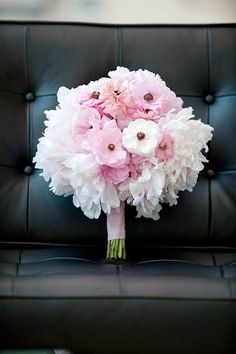 perfect pink bouquet: I like how soft it looks.