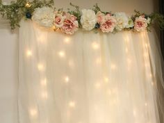 New Baby Shower Floral Theme Backdrop Ideas Boho Baby Shower, Baby Shower Floral, Budget Baby Shower, Tulle Baby Shower, Simple Bridal Shower, Diy Baby Shower Decorations, Diy Wedding Decorations, Wedding Ideas, Floral Decorations
