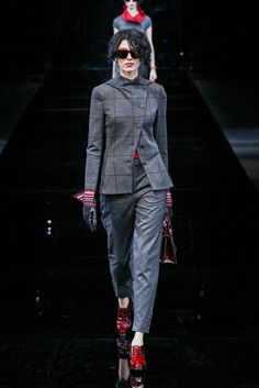 Emporio Armani Fall-winter - Ready-to-Wear Emporio Armani, Fall Winter 2015, Ready To Wear, Women Wear, Catwalks, How To Wear, Collection, Photos, Fashion Styles