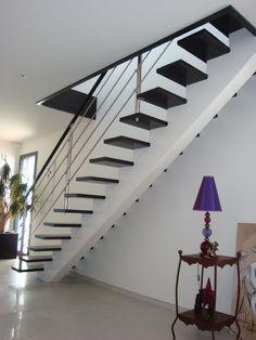 Escalier limon central droit descente escalier pinterest http www j - Escalier limon central lapeyre ...