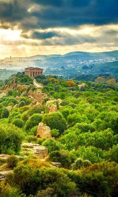 Valley of Temples near Agrigento, Sicily www.brickscape.it #brickscape #turismoesperienziale #turismo #esperienze #tourism #experiences #viaggio #viaggiare #viaggi #vacanze #travel #italy #italia #Sicily #sicilia #messina #palermo #catania #trapani #agrigento