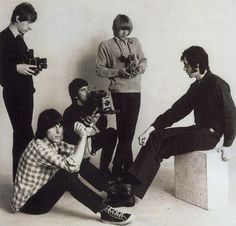 The Yardbirds with Eric Clapton, Jeff Beck and Jimmy Page and Their innovations paved the way for psychedelic and progressive rock. David Bowie Young, Blue Soul, Jazz, The Yardbirds, Michelangelo Antonioni, 60s Music, Early Music, Jeff Beck, Young Americans