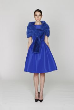 Monique Lhuillier Pre-Fall 2012 Collection Photos - Vogue