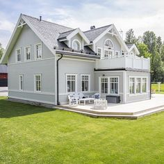 German Houses, Grey Houses, Outdoor Wall Lighting, Scandinavian Home, Sustainable Design, House In The Woods, Exterior Colors, Interior Design Living Room, Future House