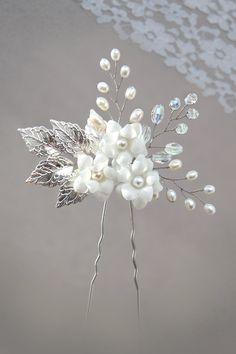fresh water pearl and rhinestone bridal hair pin, white flower hair pin, pearl…