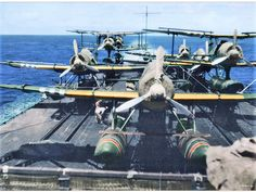 Aircraft complement of the IJN carrier-cruiser Mogami (after conversion), 1943 重巡洋艦 最上 Navy Aircraft, Ww2 Aircraft, Aircraft Carrier, Military Aircraft, Heavy Cruiser, Imperial Japanese Navy, Colorized Photos, Ww2 Photos, Flying Boat