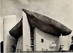 Lucien Hervé par le Corbusier. Por que sería bueno darle la mano a un cocodrilo