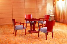 XY factory supplies luxury antique style ISO9001 CE natural veneer used restaurant table and chair