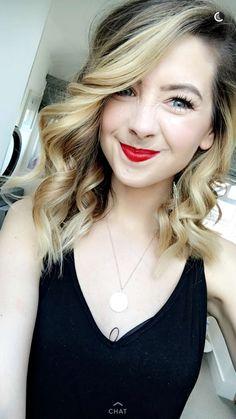 Zoe Sugg always has the best hair