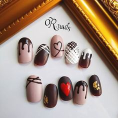 Look at these beautiful chocolate nails!!!
