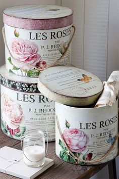 Divine and Delectable Hat Boxes! DIY:: Vintage French Shabby Storage created with mod Podge Tutorial ! Decoupage Vintage, Decoupage Box, Vintage Shabby Chic, Shabby Chic Decor, Vintage Style, Vintage Hat Boxes, Rose Hat, Pretty Box, Altered Boxes