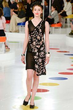 Chanel Resort 2016 Fashion Show - Jade Lavareille