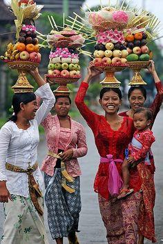 "janetmillslove: "" Bali, indonesia moment love """