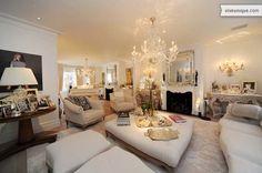 Stylish sitting room at elegant Chelsea Square.