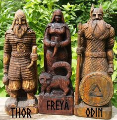 All Things Heathen,Viking and Heathen Related Clothing and accessories Viking Life, Viking Art, Viking Warrior, Viking Runes, Norse Pagan, Pagan Gods, Freya Norse Mythology, North Mythology, Wood Carving Faces