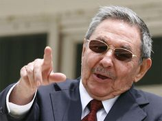 Cuba pide a EEUU eliminar embargo y devolver Guantánamo en acto del Moncada